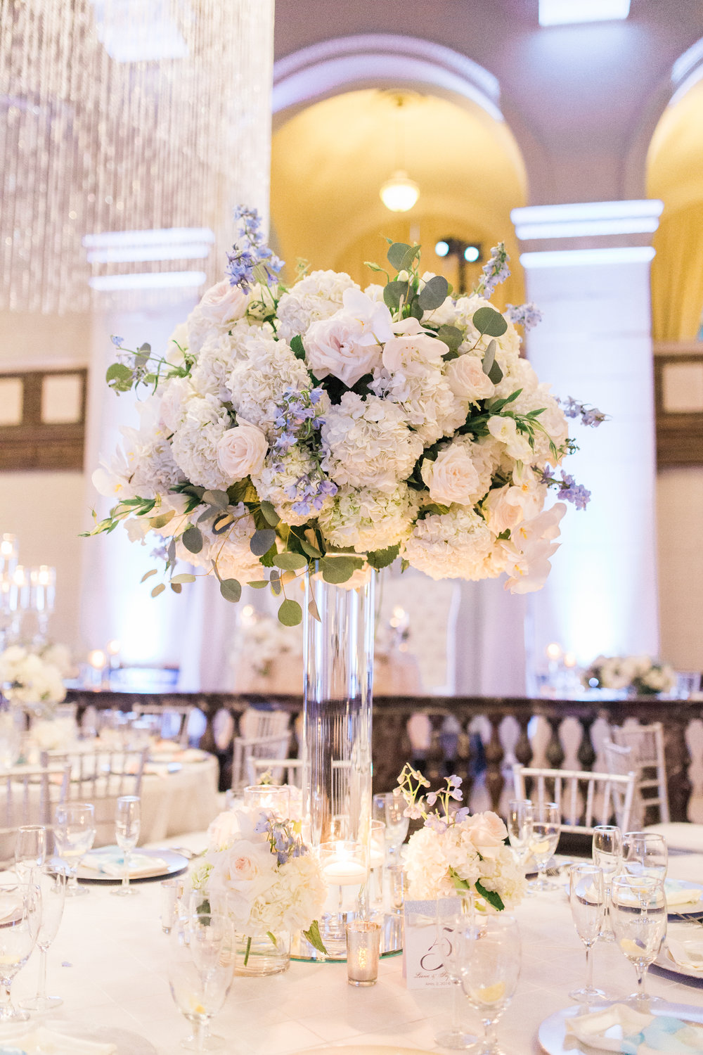 tall all white floral centerpiece