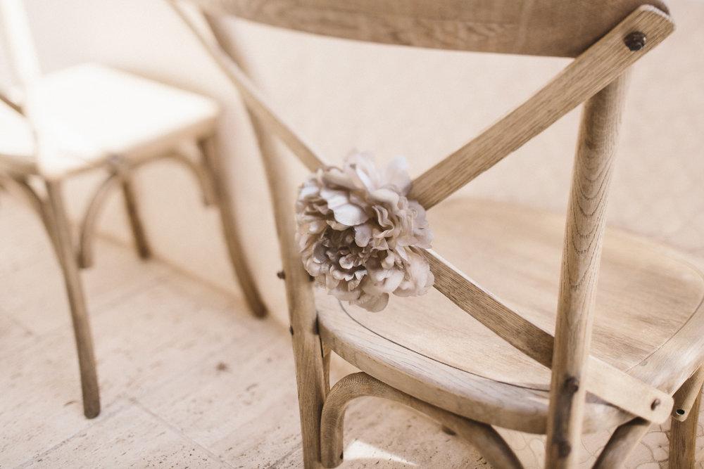 chair decor details