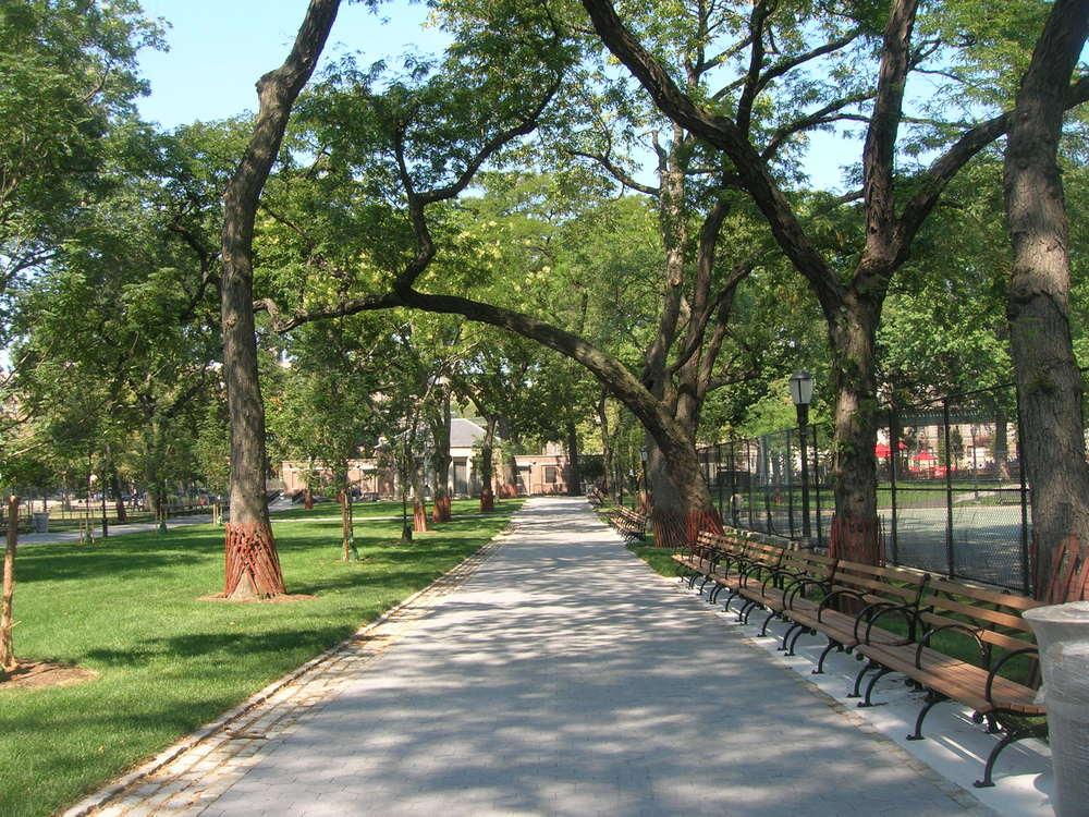 05_StJames Park.JPG