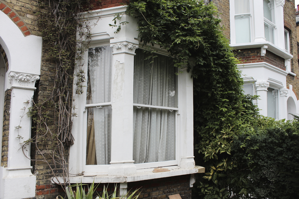 #NHRenovations #Painter #Decorator #London #TufnellPark #Exterior #Victorian #Sash #Windows #Old #Prepare