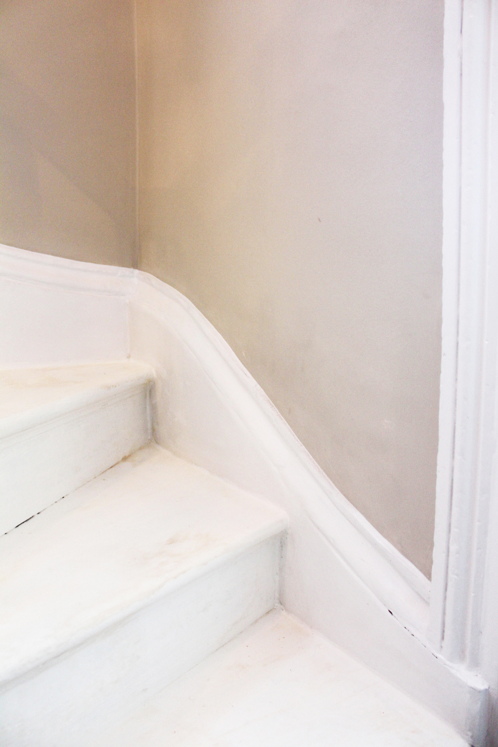 #NHRenovations #Painter #Decorator #London #TufnellPark #Tufnell #Stairecase #skirting #Dulux #Satinwood