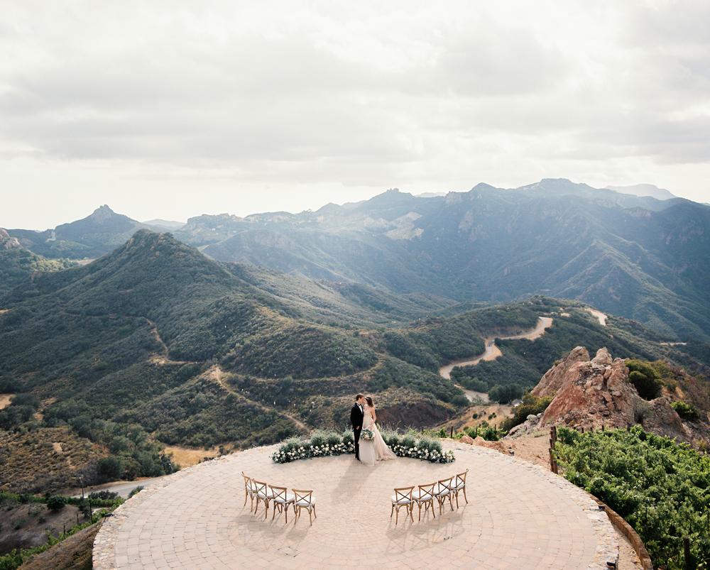 Malibu-Rocky-Oaks -Wedding-30.jpg
