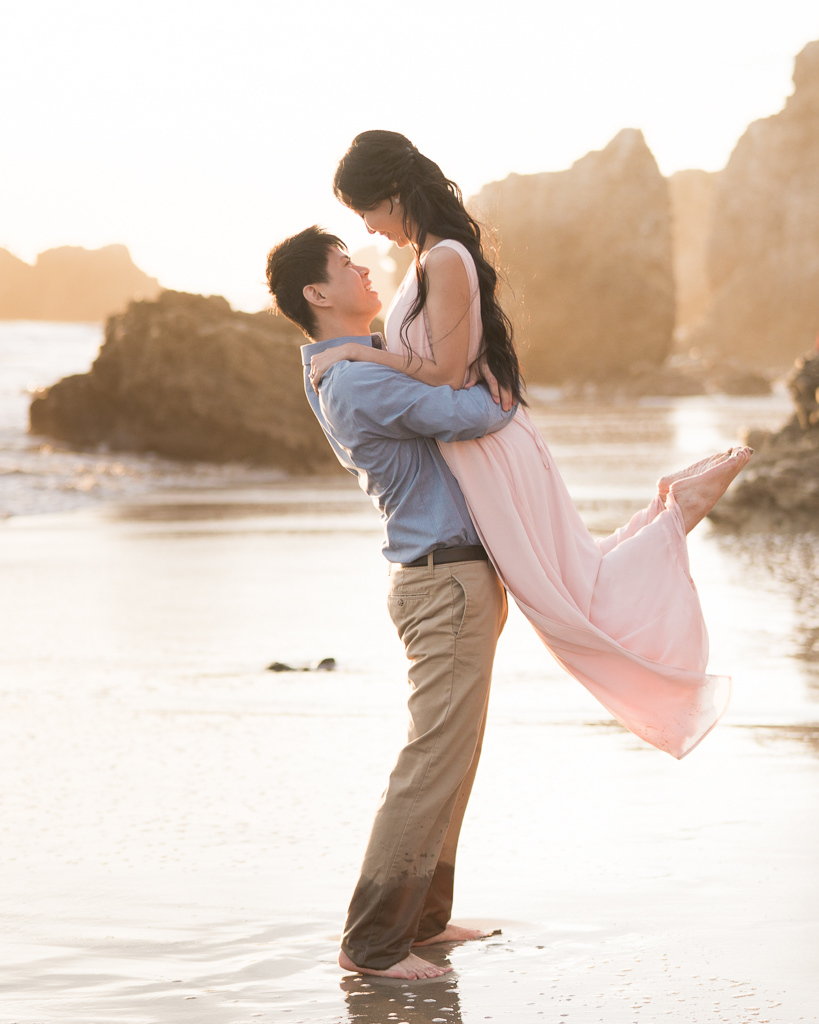 El-Metador-Beach-Engagement-Session-in-Malibu-11.jpg