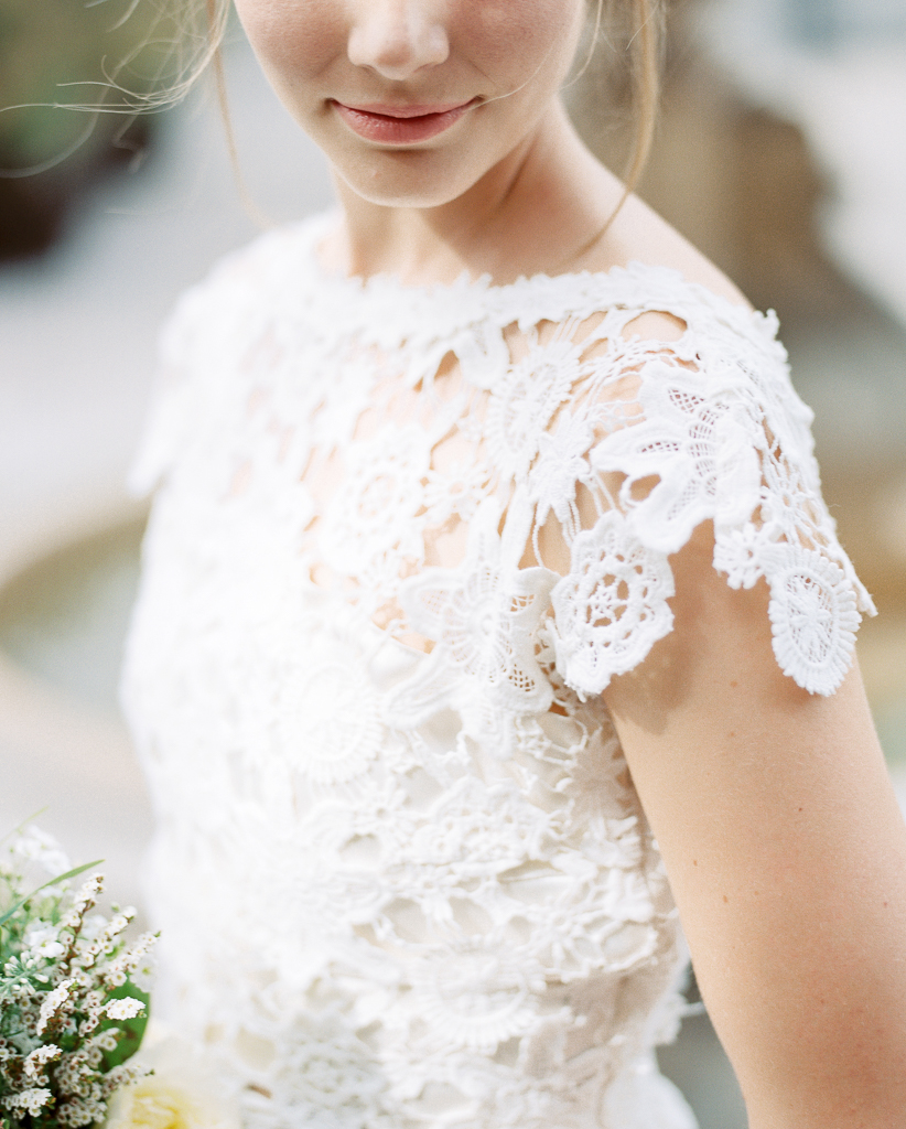 The-Estate-on-Second-Wedding-Dress-by-Dreamers-and-Lovers-6.jpg