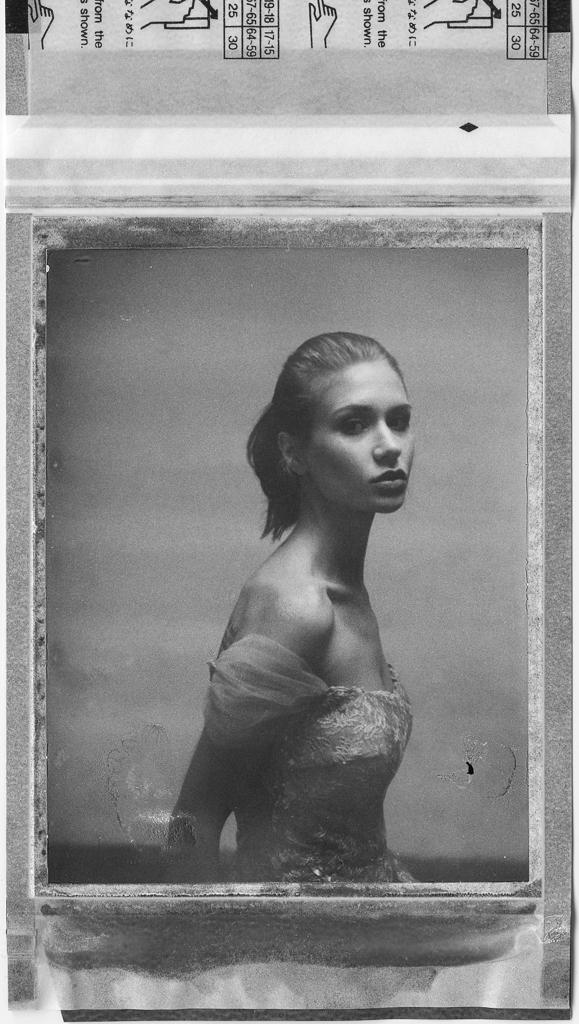 FP100b Polaroid BW Wedding Dress Juliana.jpg