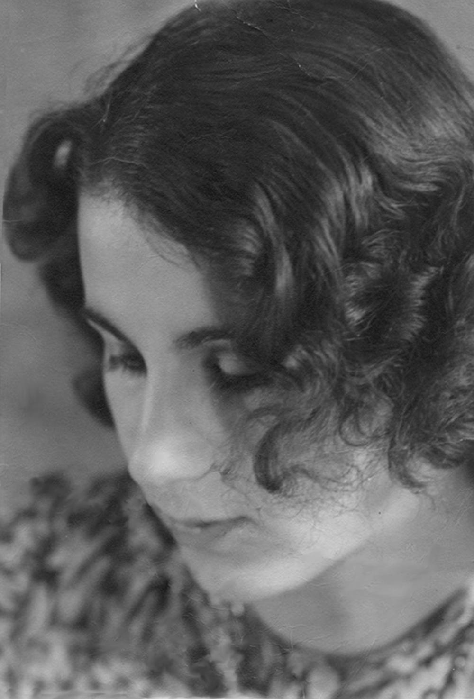 Johanna at age 19, December 1939.