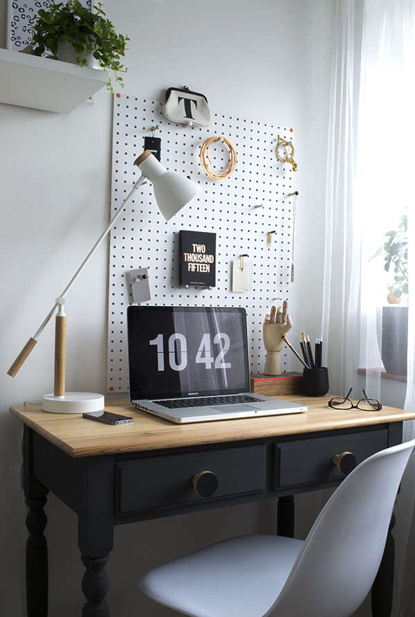 Office-Workspace-Makeover-Curate-and-Display-Blog4.jpg
