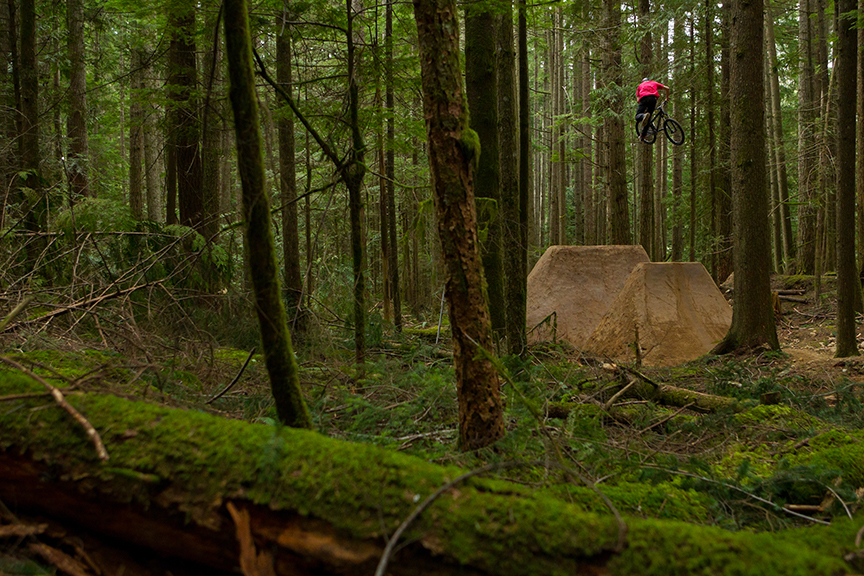 Logan-Peat-Dirt-Jumps-Coast-by-Harookz