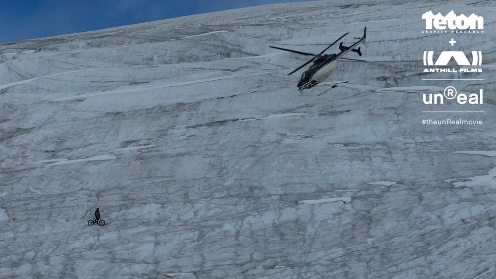 tgr-anthill-unreal-pr-images-waiting-glacier-heli