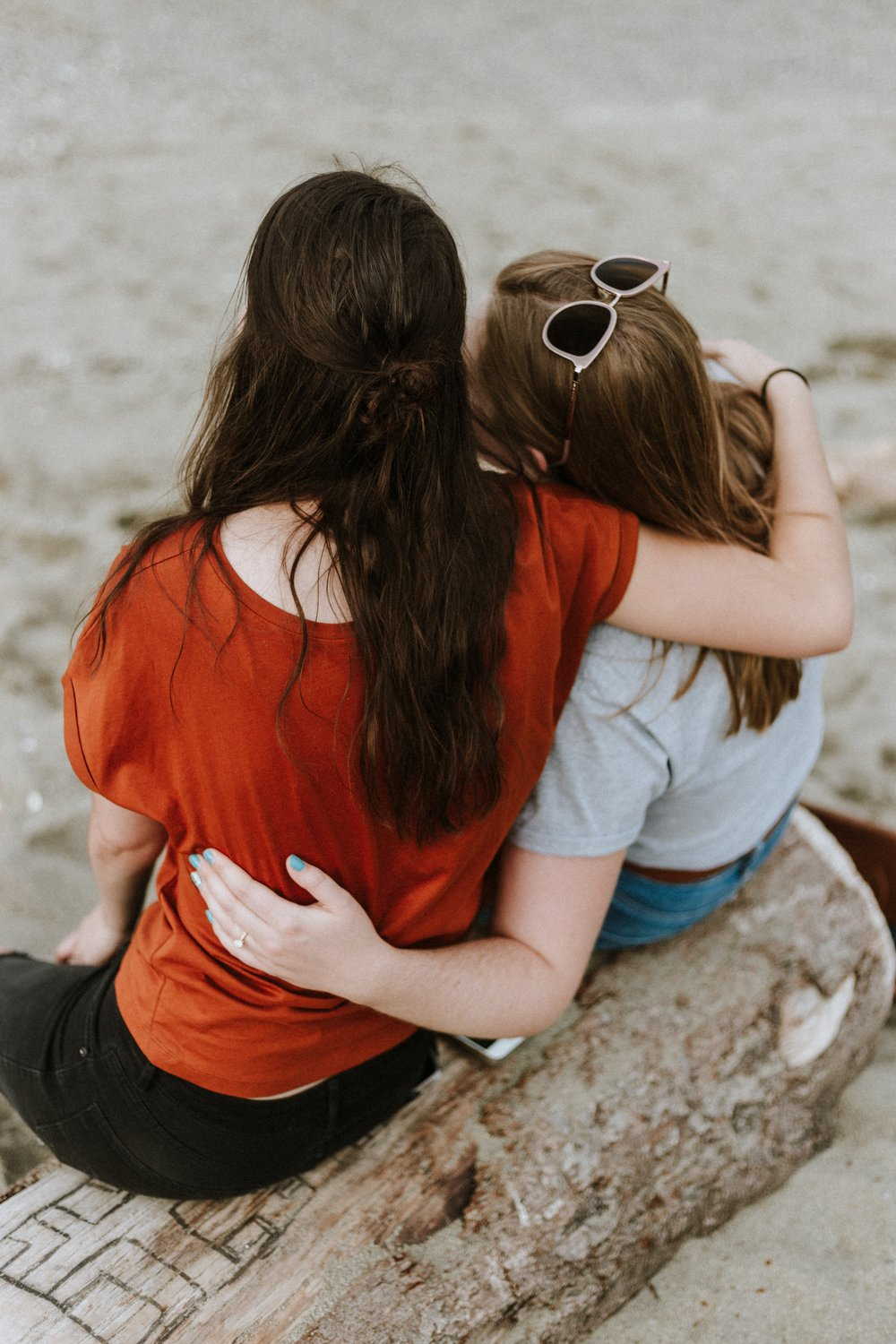 5 ways to support someone with an eating diosrder