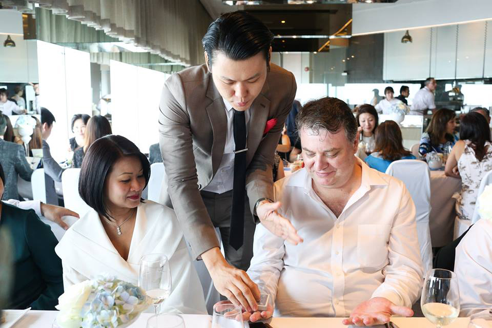 Singapore Wedding Magician