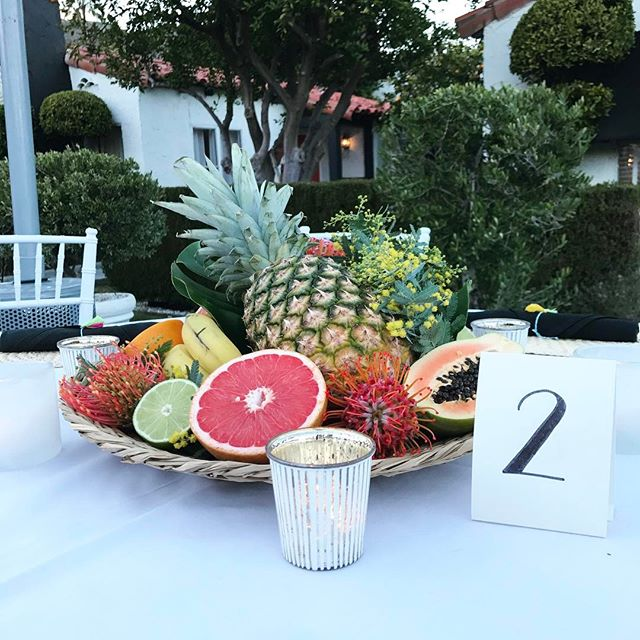 Fun centerpieces for this beautiful Palm Springs rehearsal dinner 🌴