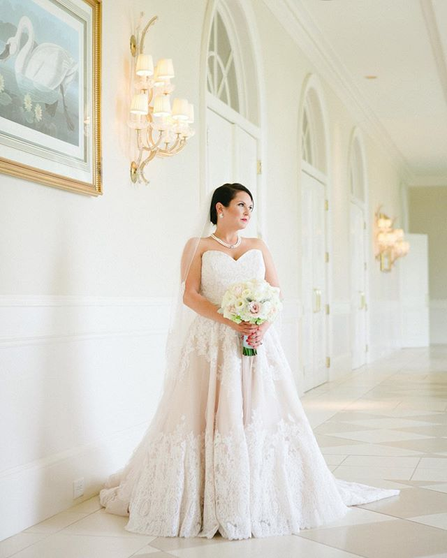 Gorgeous Mary Anna. #kimboxphotography #kimboxweddings