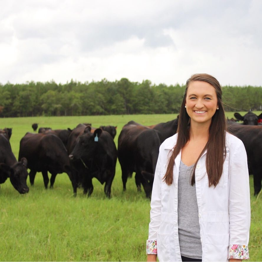 Nicole Yon, RD on her family's cattle farm.