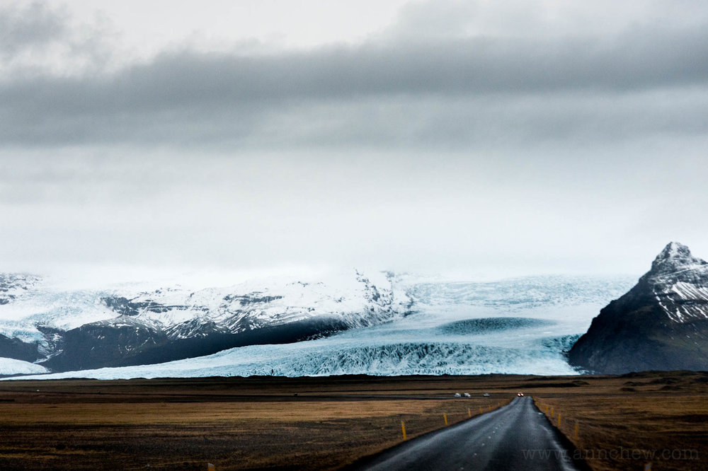 Driving down Route 1, we encounter a finger of the vast Vatnajökull