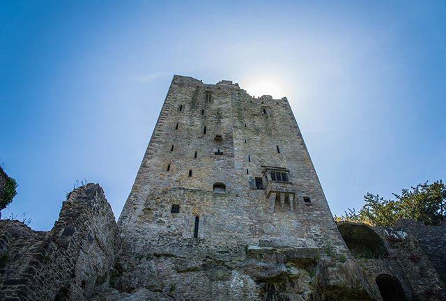 I haven't posted in a bit—I've been so busy but I'm back and posting my Blarney Castle pictures 🏰 • • • #irish_daily #irish🍀 #ireland #ireland🍀 #irelandtravel #ireland_gram #blarneycastle #blarneystone  #travelblogger #traveldrops #igers #instafocus #photography #lightroom  #travelbug #traveladdict #castle #postcardsfromtheworld #europe #keepexploring #globe_travel #theglobewanderer #travelworld #letsgosomewhere #exploretheglobe #places_wow #xposuremag #icatching #collectivelycreate #wanderlust