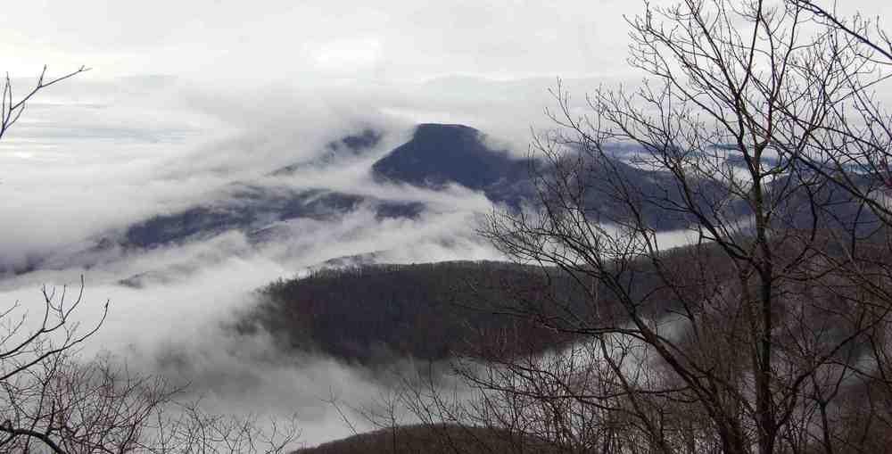 banner1 mt clouds cb.jpg