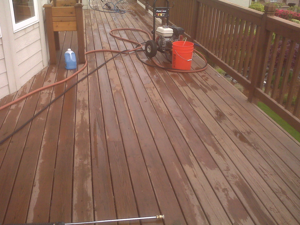 deck_at_power_washing.jpg
