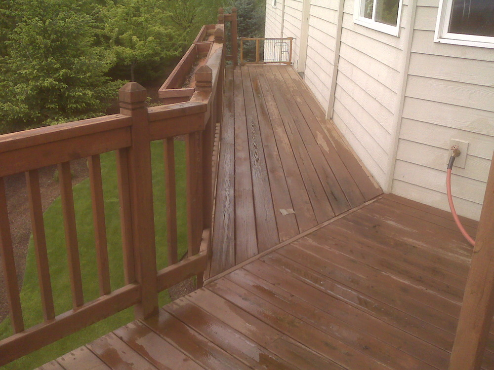 deck_at_powerwashing_2a.jpg
