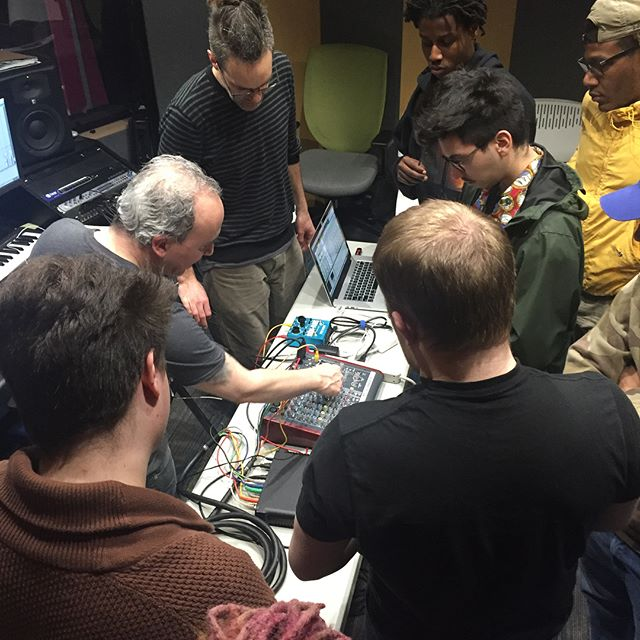 Hardware mixer day at TSAP! Learning the analog roots of digital mixing with @steveknots and @soysostuffsoundrec #musictechnology #musiceducation #recordingstudio Another great day in #Homewood