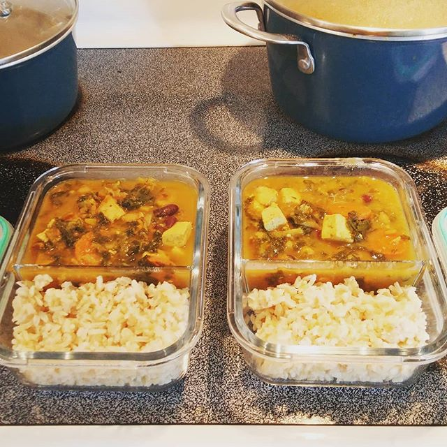 Food for the day. Tofu and veggie curry. @staystaylove and I are packing lunch! #foodgoals #healthyeats #curry