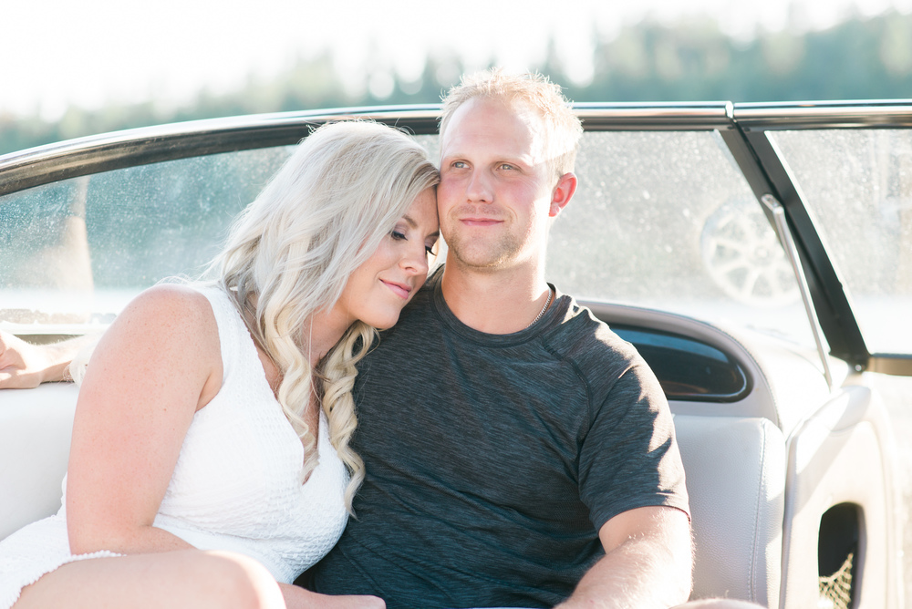 Kelowna-Engagement-Session-Boating-Photographer2065.jpg