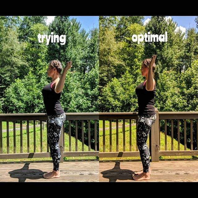 """FORM TIPS: Here I'm demonstrating a Lat pull as usually seen on the plie sequence during many of the T-Tapp workouts. My feet are in T-Tapp stance for demo purposes. My eyes are closed in the first photo because...too much SUN😜 ⠀⠀⠀⠀⠀⠀⠀⠀⠀⠀⠀⠀⠀⠀⠀ 💥In the first photo, I am performing the move, but not optimally. Notice how my knees are locked out and I am not fully engaging my core, as my back is arching out. I am also hyperextending my elbows and hands WAY behind my head. Teresa says, """"elbows forward, hands back"""" but I am way overdoing it at the expense of the rest of my form. My ribs look to be up, but I am arching out my back to get them there instead of lifting and s-t-r-e-t-c-h-i-n-g them up to the ceiling from my core muscles. ⠀⠀⠀⠀⠀⠀⠀⠀⠀⠀⠀⠀⠀⠀⠀ 💥The second photo shows better and more optimal T-Tapp form. Looks can be deceiving, eh? But let me tell you, what I am doing right here is SO HARD! Looking at this picture now, I probably needed to get my elbows forward and hands back a little more, but y'al I was SHAKING when this photo was snapped by my self timer! Ha! My core is firing and activated all the way from the pelvis to breastbone, and this activation is the solid base from which I lift the rib cage tall, but without leaning backwards as shown in the first photo. ⠀⠀⠀⠀⠀⠀⠀⠀⠀⠀ This acts as resistance, and stretches out the frontal fascial plane while taking pressure off the low back plus activating the lumbar spine which creates spinal muscle density (whew!) It also evenly activates the lats and traps instead of more traps as seen in the first picture. I am making every little muscle move as if through mud. Aaaand my arms are on fire with activation, in the bear claw position and stretching thumbs. ⠀⠀⠀⠀⠀⠀⠀⠀⠀⠀⠀⠀⠀⠀⠀ 💥Your BEST FRIEND when T-Tapping is 1. A trainer to spot for you 😉😂 or 2. A MIRROR!! It will tell you exactly what you are doing, because many times we feel like we are doing the move, but we are really letting the body take the """"path of least resistance."""