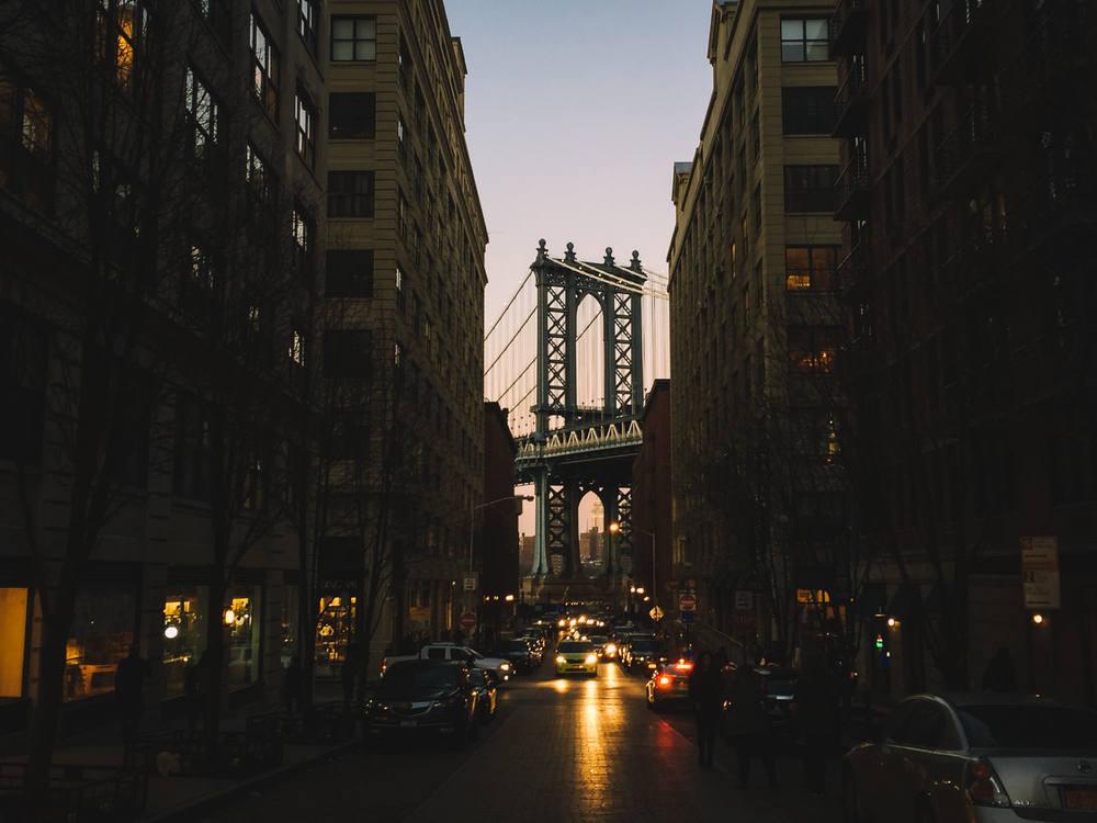 manhattan-bridge-dusk-new-york-2015-trilastiko-travel.jpg