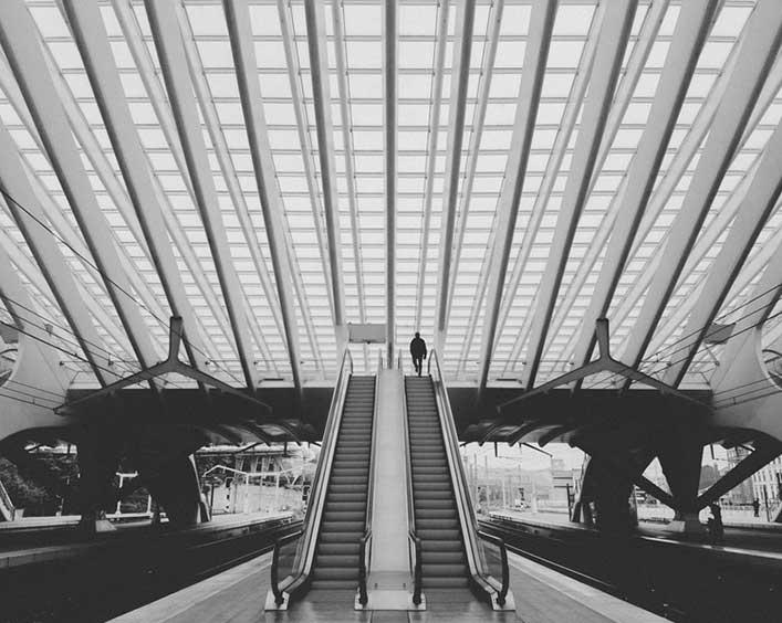 Busy+Stranger+-+Liege+Station+Belgium+-+trilastiko+-+Street+and+Urban.jpg
