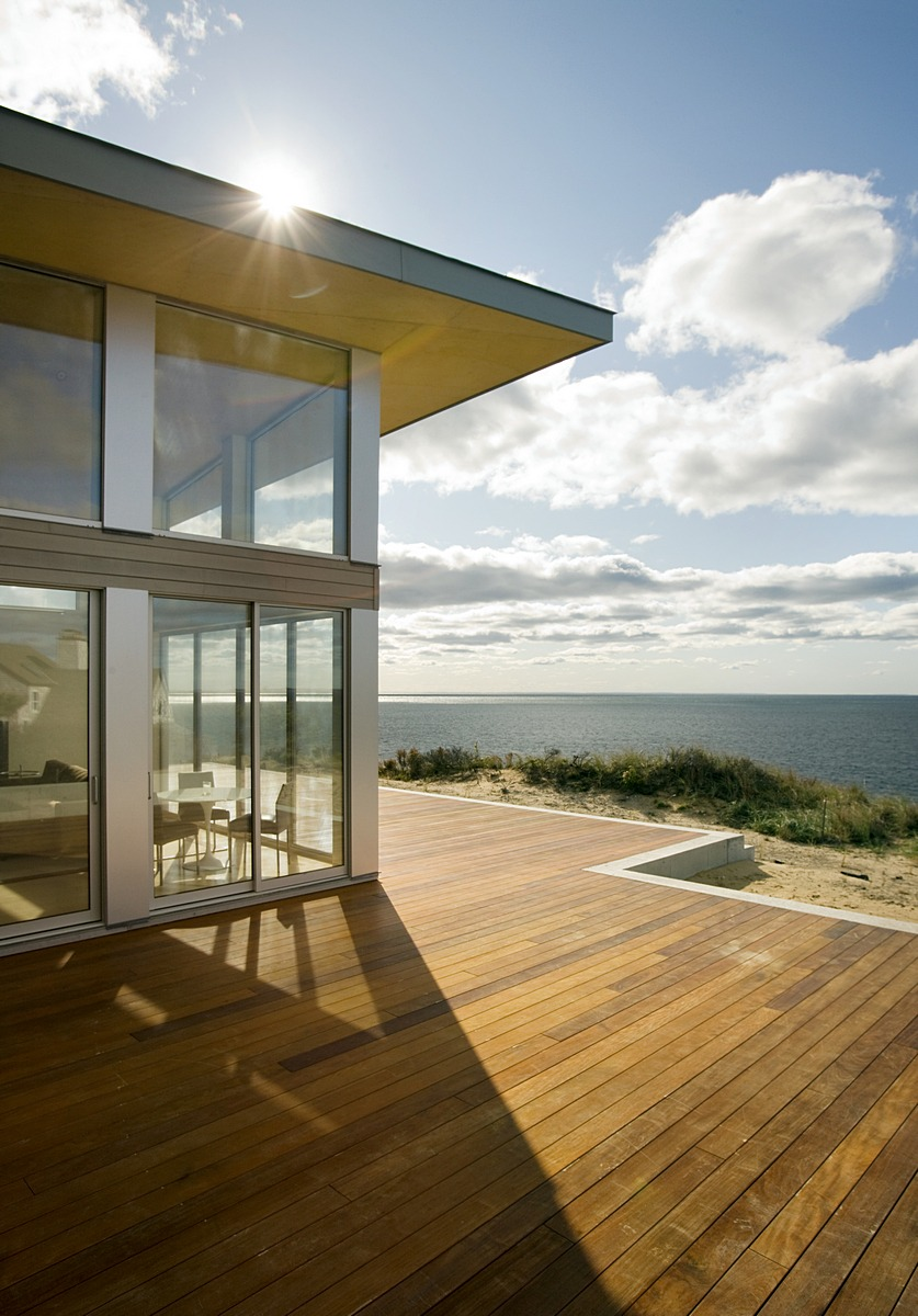 Modern Beach House truro residence - a green modern beach house — zeroenergy design