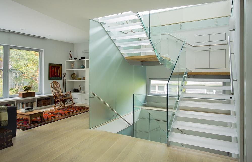 Brookline-Modern-Home-08.jpg