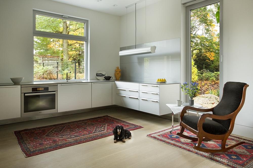 Brookline-Modern-Home-07.jpg
