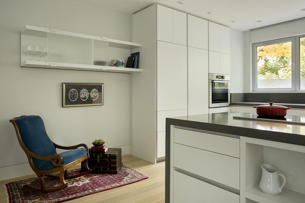 Brookline-Modern-Home-11.jpg