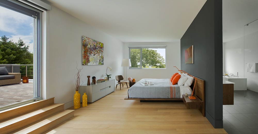 Modern Master Suite with Roofdeck