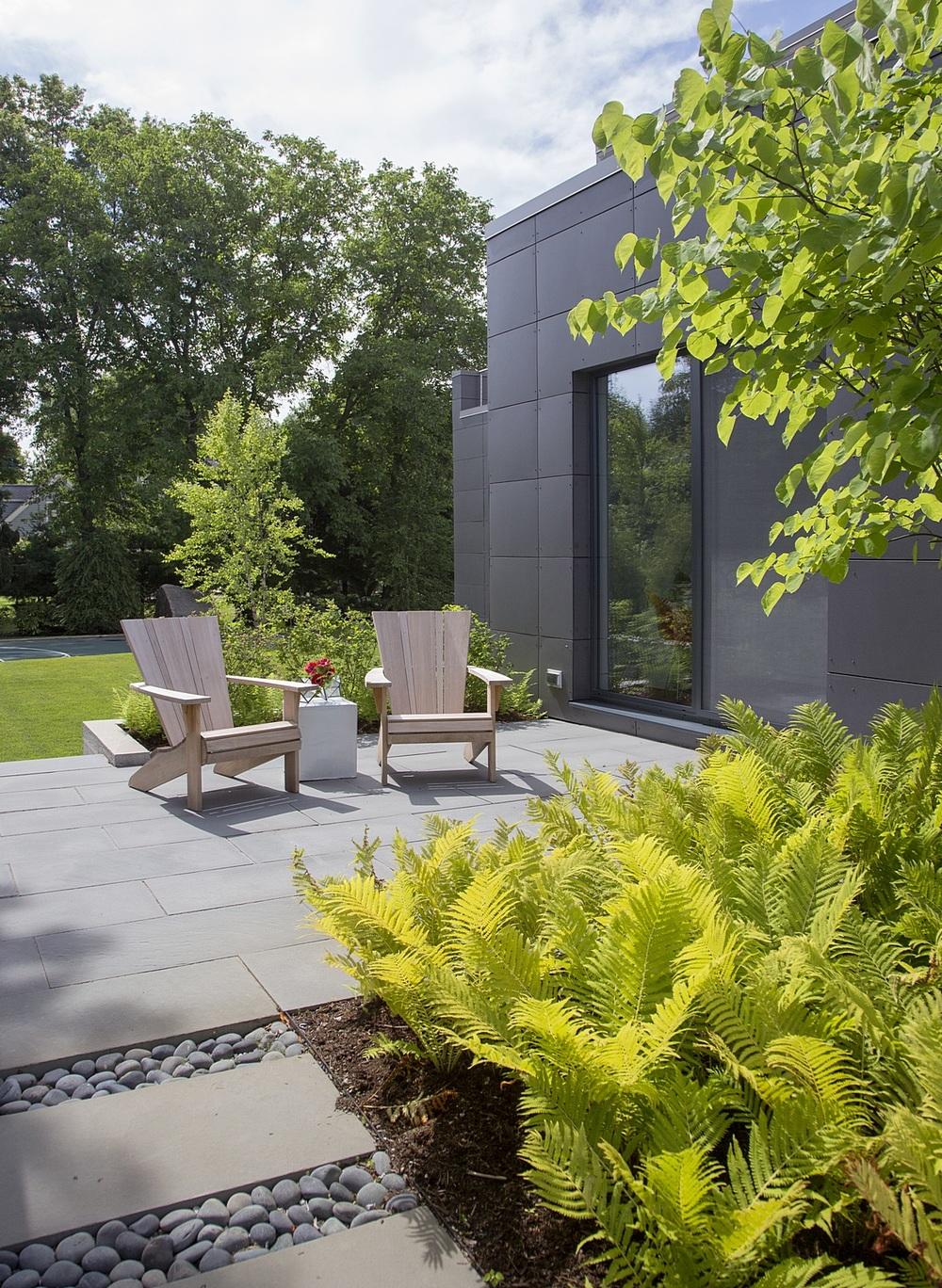 Modern-Green-Home-019.jpg