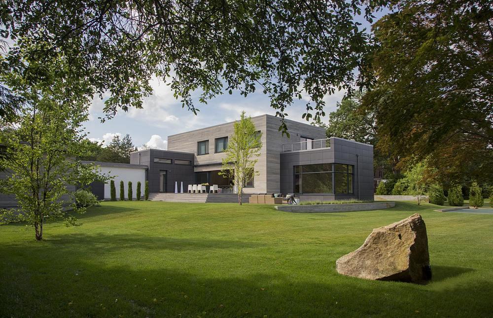 Modern home design new england for Contemporary green home plans