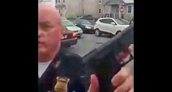 Boston-police-sergeant-waves-gun
