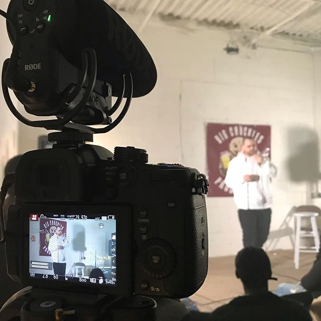 Fun time filming for the HIGH M.O.M. Show with Big Chuckles Productions!! Headliner @jamesrhustlecomedy was awesome! • • • #comedy #standup #standupcomedy #standupcomedians #longisland #longislandcomedy #longislandvideographer #longislandvideoproduction #longislandvideography #longislandphotographer #longislandphotography #videoproduction #cinematography #filmmaking #follow #photography #photographer #nycphotographer #nycphotography #nycphotographers #longislandvideo #longislandvideoproducer #longislandvideodirector #comedians #comediansoftheworld #comediansofinstagram #standupcomedian #videoeditor #videoproduction #videoproducer