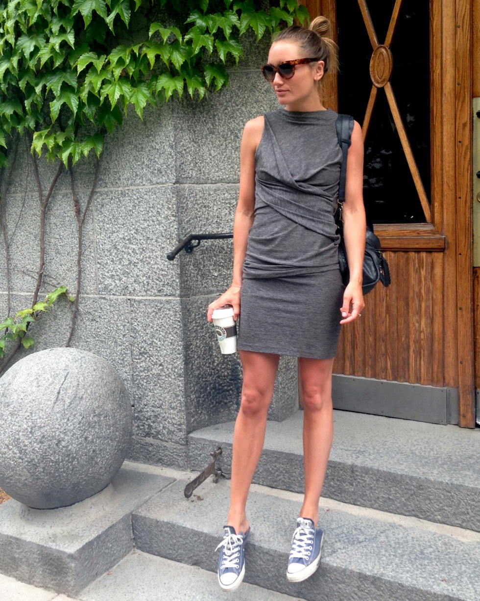 Long live Converse sneaks! This versatile and flattering gray dress is the perfect summer essential in staying cool and makes a perfect accessory pairing.