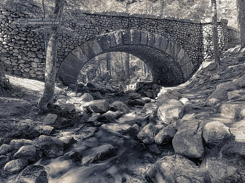 Cobblestone Bridge (built 1917), Acadia National Park, Maine, US