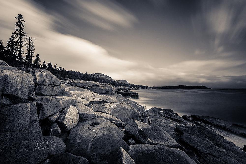The coastline around Otter Cliff