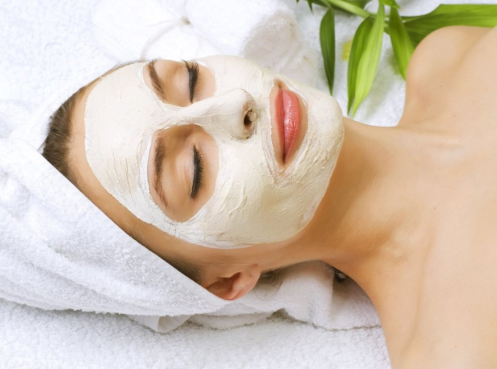 FACIAL TREATMENT -
