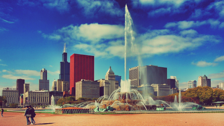 """""""Image found in google""""    Remember the fountain from """"Married with Children""""? You will find it at the Millennium Park. Take some pictures at the lake front and walk around grant park."""