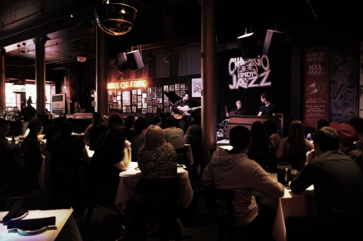 """""""Image found in google""""    Chicago's night life is all about the Jazz."""