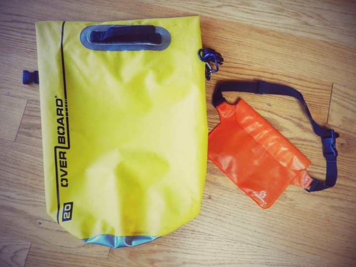 From the catamaran to the dinghy, and from the dinghy to the sand. Make sure your stuff doesn't get wet using any kind of dry bag.