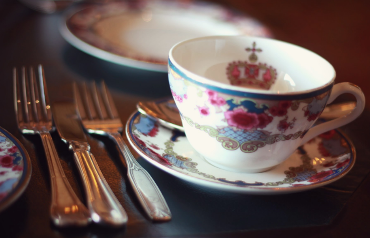 It's quite of expensive but such an experience to take tea in the Fairmont Empress  hotel.