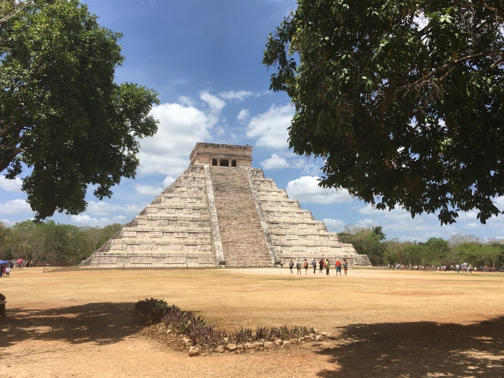 This city was the most important capital city of the Maya area, and is now part of  UNESCO World He  ritage.   Chichén Itzáis 40 min far from Valladolid. They open from 8am to 4pm.I recommend you to be there early, just before the bus tours arrive. It won't take you more than 1 hours if you are not with a tour.