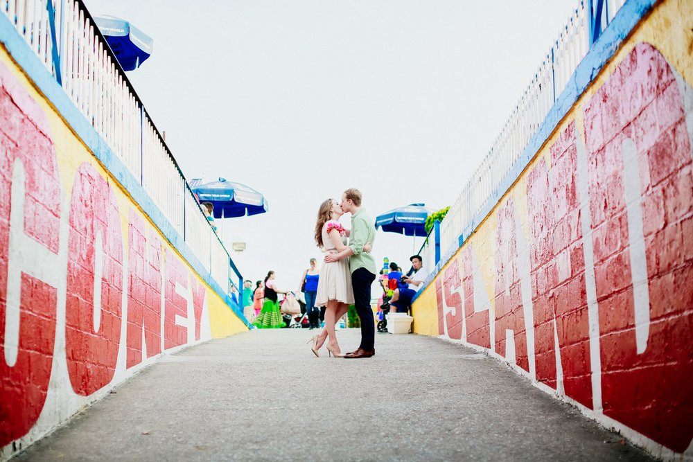how-to-get-married-in-nyc-photographer-brooklyn-coney-island-08.jpg