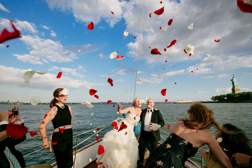 how-to-get-married-in-nyc-photographer-times-square-helicopter-hudson-boat-19.jpg