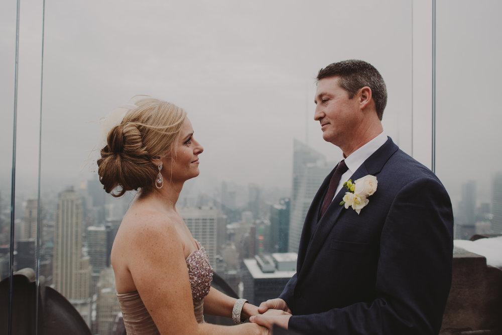 top-of-the-rock-elopement-wedding-photographer-elopednyc_05A.jpg